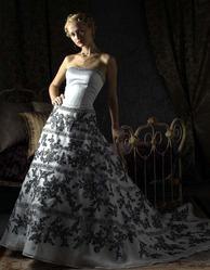 Необычное свадебное платье CW5471