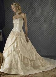 Свадебное платье из атласа CW5488