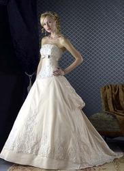 Платье невесты с бантами CW5484