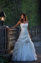 Свадебное платье, модель N EW006