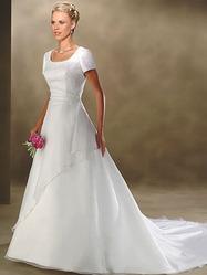 Свадебное платье, модель N HK00176.