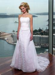 Свадебное платье, модель N HK00108.