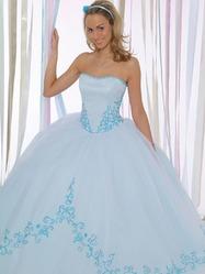 Голубое свадебное платье, модель N HK00204.
