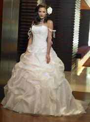 Свадебное платье, модель N HK00024.