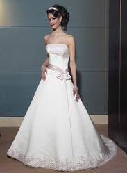 Свадебное платье, модель N HK00015.