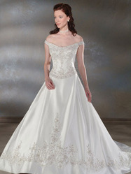 Белое свадебное платье, модель N HK00145.